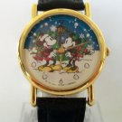 Disney Animated magically Moving Snowflakes Christmas Mickey Mouse Watch! New!