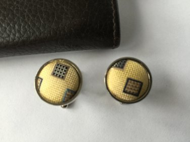 New Men Vintage Cuff Links Yellow Cloth Chrome Design