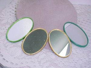 Four Double Sided Pocket Mirrors  A329*  tnk-ent