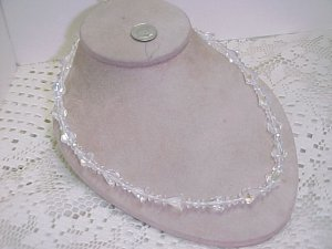 Unique Vintage Crystal Bead Necklace  A627*  tnk-ent