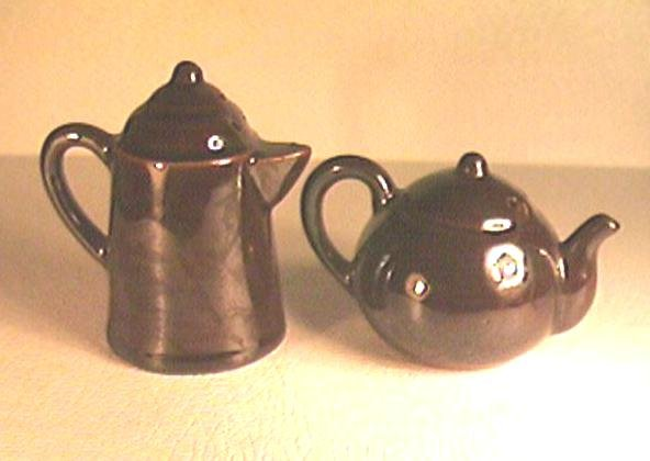 Figural Teapot & Coffee Pot Salt & Pepper Shakers