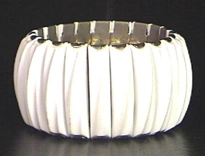 Vintage Sculpted Plastic Expansion Bracelet Signed