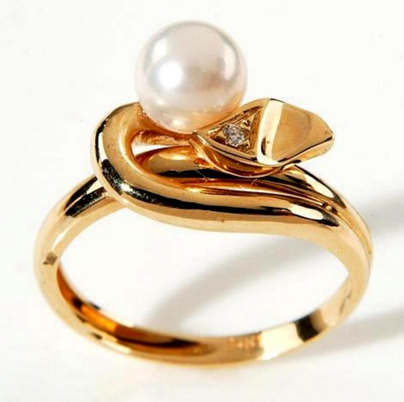 Estate Pearl Ring 14 Kt Gold with .03 Carat Diamond