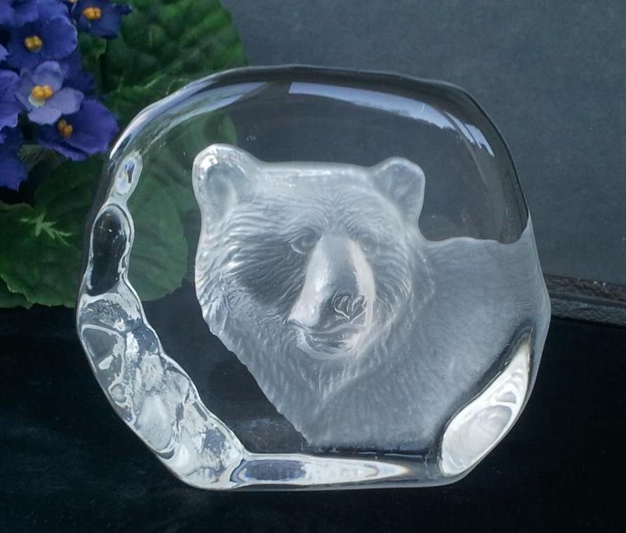 Bear 3-Dimensional Crystal Paperweight
