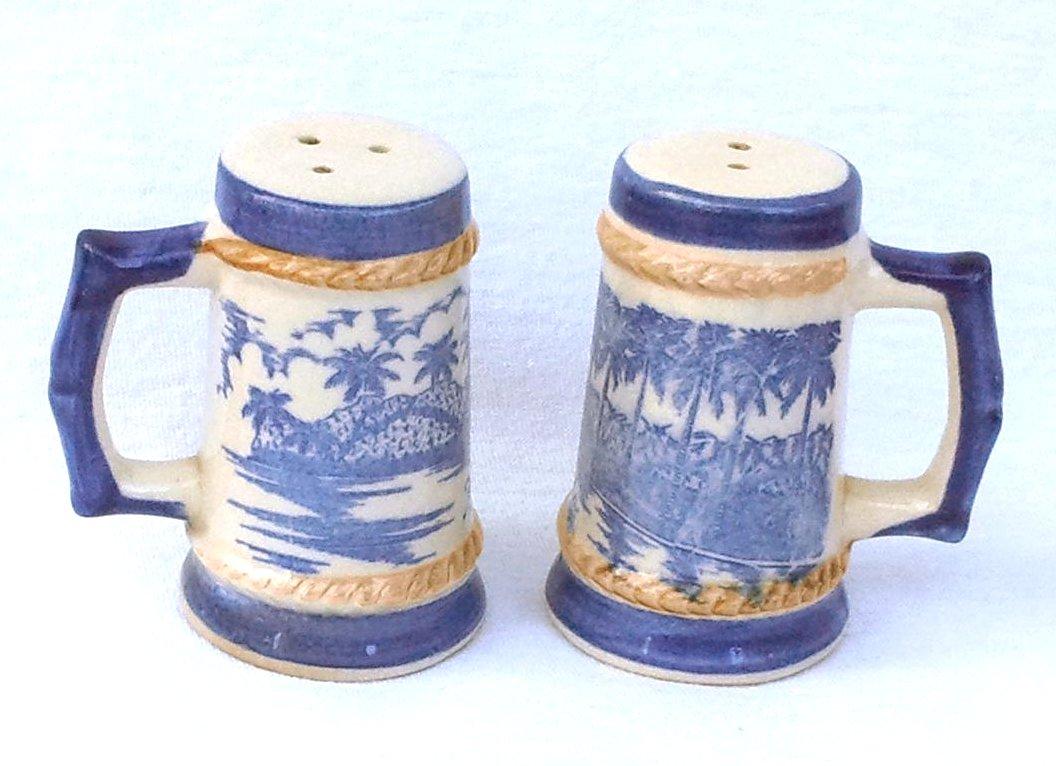 Souvenir Florida Salt & Pepper Shakers with Palm Trees