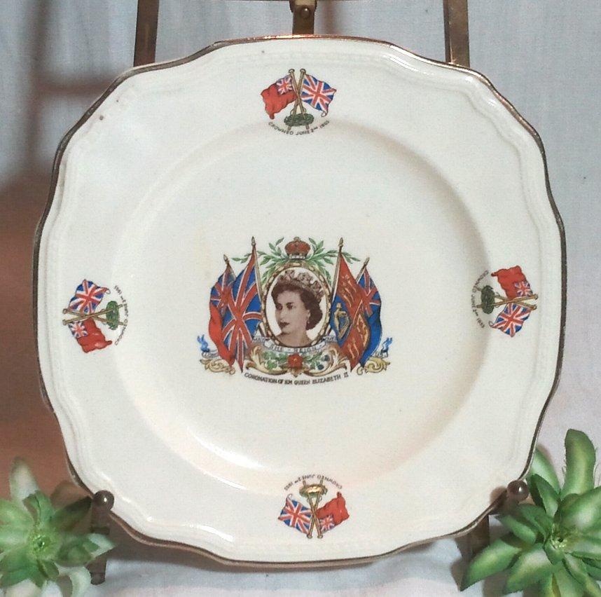 Queen Elizabeth Coronation Commemorative Plate 1953
