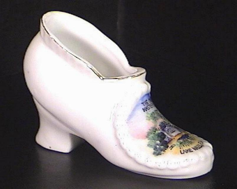 Porcelain Slipper Shoe Souvenir Lake Wales Great Masterpiece
