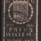 Netherlands 1933 - Scott 196 used - 1.1/2c, Arms of the House of Orange  (9-513)
