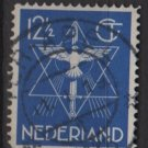 Netherlands 1933 - Scott 200 used - 12.1/2c, Star Dove & Sword (9-517)