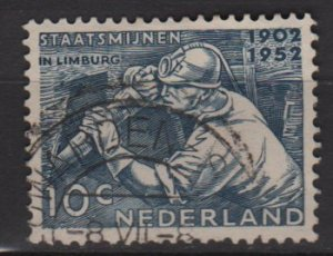 Netherlands 1952 - Scott 331 used - 10c, Miner  (9-632)