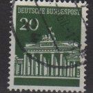 Germany 1966 - Scott  953 used - 20 pf, Brandenburg Gate (5-203)