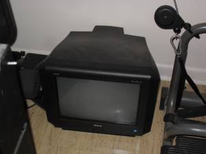 13 inch CRT TV no remote