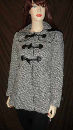 LAST KISS Junior's Woven Toggle Coat  Black  & White M