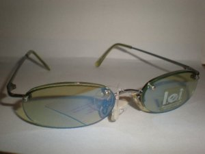 L.E.I. Eyewear Women&#039;s UV Protection Sunglasses #04
