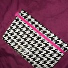 IPSY Cosmetic Small Make Up houndstooth Print Prep-School Bag New Black & White