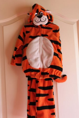 BABY HALLOWEEN TIGER WARM COSTUME 2pc sz 18 m