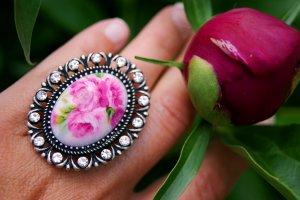 Elegant Pink Peony Flower Cocktail Ring Size 5