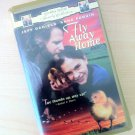 Fly Away Home (1997, VHS)