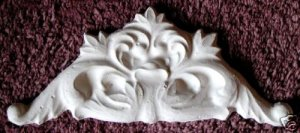 ORNATE CORNER MOLD