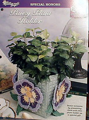 Pansy Plant Holder - Plastic Canvas Pattern in MINT Condition