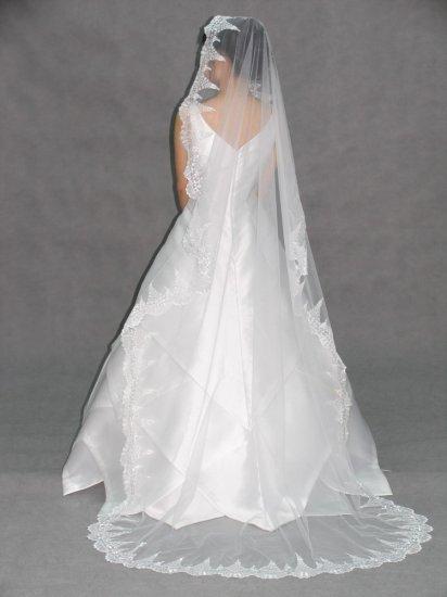 IVORY MANTILLA LACE CHAPEL WEDDING BRIDAL VEIL 90x62 **Free Shipping**