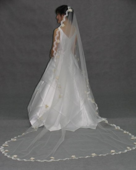 White Mantilla Lace Cathedral Length Wedding Gown Bridal Dress Veil 100� v71wt