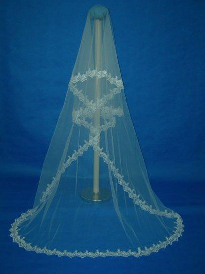 "IVORY MANTILLA LACE CATHEDRAL WEDDING BRIDAL VEIL 100"""