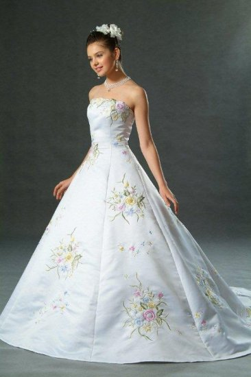 New pastel color embroidered white wedding dress bridal for Pastel colored wedding dresses