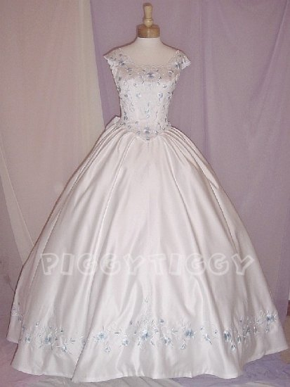NWT LOVELY WHITE WEDDING DRESS BRIDAL GOWN with BABY BLUE EMBROIDERY SIZE 14