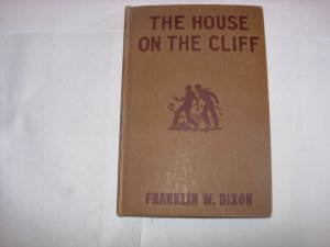 Vintage Hardy Boys Book The House On the Cliff