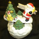 "Wind-Up Musicial Santa Claus & Christmas Tree Ceramic ""Jingle Bells"" Music Box"