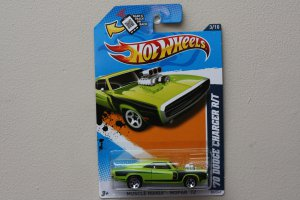 Hot Wheels 2012 Muscle Mania Mopar '70 Dodge Charger R/T (green)