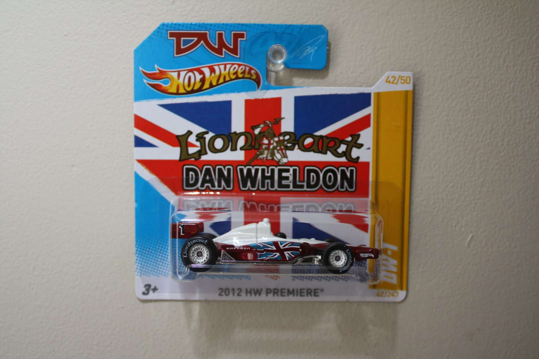 Hot Wheels 2012 HW Premiere Dan Wheldon DW-1 (Indycar Oval Course Race Car)