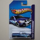Hot Wheels 2013 HW Showroom Nissan Titan (blue)