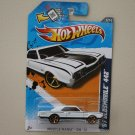 Hot Wheels 2012 Muscle Mania GM '67 Oldsmobile 442 (white)