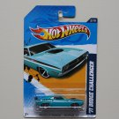 Hot Wheels 2012 Muscle Mania Mopar '71 Dodge Challenger (blue)