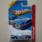 Hot Wheels 2013 HW Racing '13 Ford Mustang GT (blue)