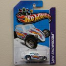 Hot Wheels 2012 HW Racing Custom Volkswagen Beetle (white - Kmart Excl.)
