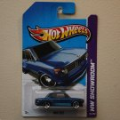 Hot Wheels 2013 HW Showroom BMW 2002 (blue)
