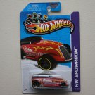 Hot Wheels 2013 HW Showroom Phaeton (red - Kmart Excl.)