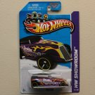 Hot Wheels 2013 HW Showroom Phaeton (purple)