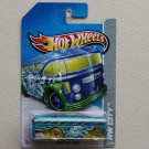 Hot Wheels 2013 HW City Surf's Up Bus (Surfin' School Bus) (blue)