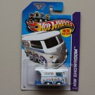 Hot Wheels 2013 HW Showroom Volkswagen Kool Kombi (white)