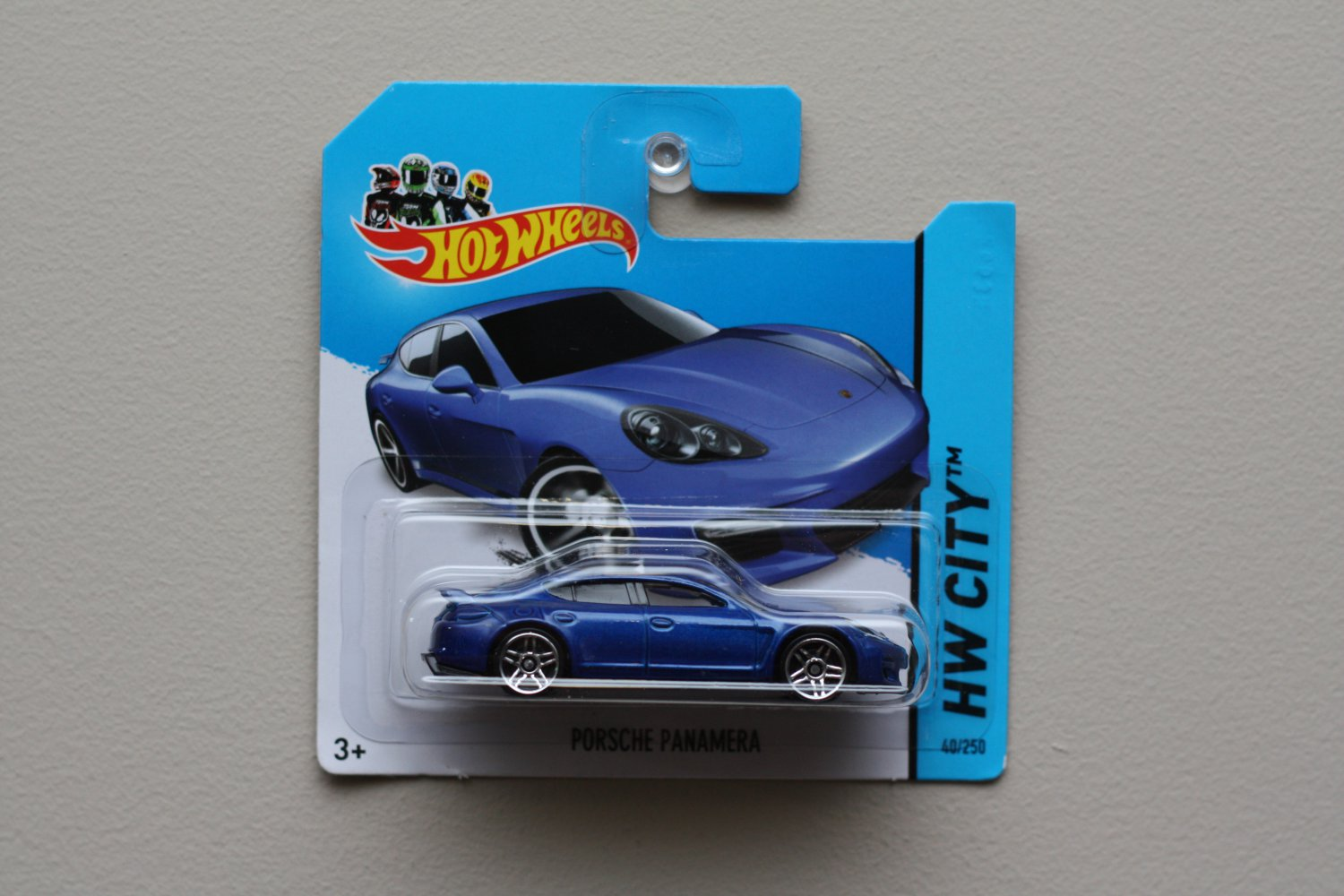 Hot Wheels 2014 HW City Porsche Panamera (blue) (See Condition)