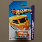 [WHEEL ERROR] Hot Wheels 2013 HW Showroom Volkswagen Kool Kombi (orange)