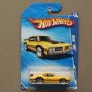 Hot Wheels 2010 Hot Auction Olds 442 (yellow)
