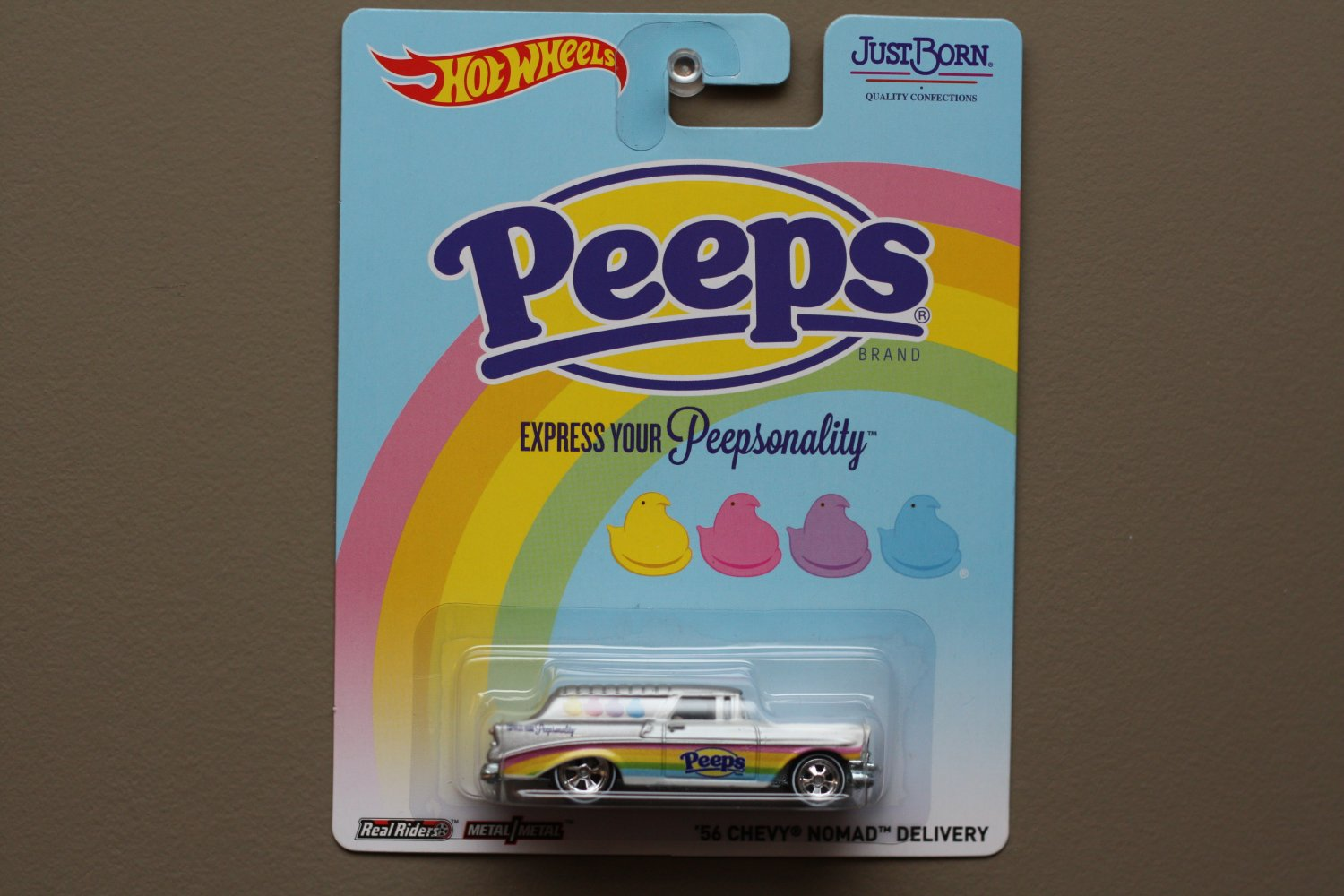 Hot Wheels 2014 Pop Culture Just Born Peeps '56 Chevy Nomad Delivery