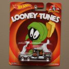 Hot Wheels 2014 Pop Culture Looney Tunes Kenworth W900