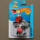 Hot Wheels 2014 HW City Snoopy (Peanuts) (red) (SEE CONDITION)