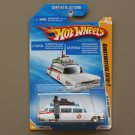 Hot Wheels 2010 HW Premiere Ghostbusters Ecto-1